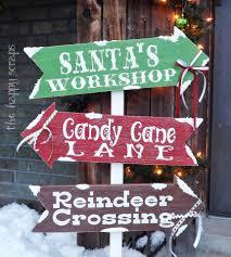 grinch christmas arrows by woodlandaffair on etsy 50 00 amy