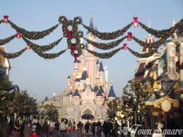 2013 christmas season rumours dlp town square disneyland