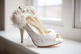 wedding shoes tips ten tips for choosing the wedding shoes