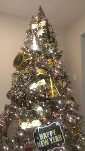 Ideas To Decorate My Tree After I Turned My Tree Into A New Years Tree By Adding