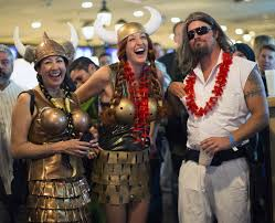 Bowling Halloween Costumes Lebowski Fest Enthusiasts Wear Costumes Resemble Characters