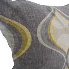 71 off stratford home stratford home toss pillows decor
