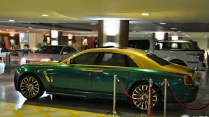 rolls royce ghost mansory mansory u0027s green u0026 gold rolls royce ghost is hard to look at