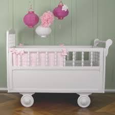 theme chambre bébé fille nos décorations de chambre bébé par thème crevette