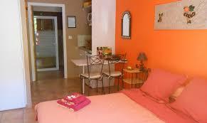 chambre d hote avec kitchenette chambres d hôtes le jardin des gorges chambre d hote belvianes et