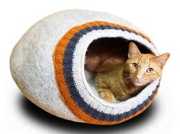 knitting pattern cat cave meowfia felted cat cave beauty and sleep combined in one