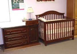 Changing Table And Dresser Set Changing Tables Crib Dresser And Changing Table Sets Baby Crib