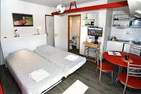 peniche chambre d hote lyon cabine studio sur péniche le col vert en bord de saône