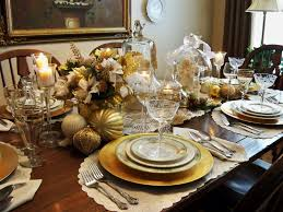 christmas decoration table ideas with white flowers arrangement