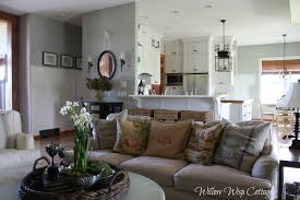 Family Room Cottage Style - Cottage style family room