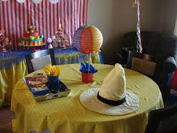 Curious George Centerpieces by 30 Best Curious George Birthday Party Ideas Images On Pinterest