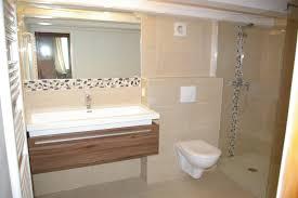 salle d eau dans chambre mini salle d eau dans une chambre maison design bahbe com
