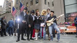 halloween spirit store job application see today show u0027s u0027 u0027saturday night live u0027 halloween costumes for