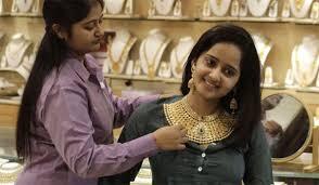 gold price weakens further dips below rs 29 000 zee news