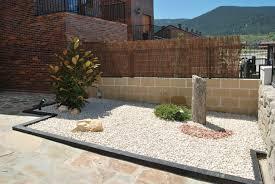 Garden Stones And Rocks Landscaping Rocks And Stones Gardening Design