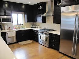 Caesarstone Buttermilk Kitchen Contemporary With Magic Stone Honey - Onyx backsplash