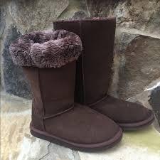 ugg shoes australia brown boots poshmark 52 ugg shoes uggs australia s brown boots size 8