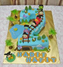 jenn cupcakes u0026 muffins no 2 thomas and friends cake