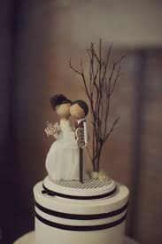 taylor made news wedding cake topper