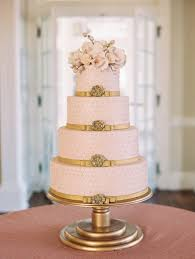 wedding cake on a budget stylish budget wedding cakes how to save money on ordering wedding