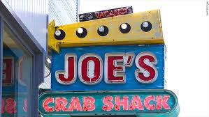 joes crab shack joe s crab shack ends no tipping policy