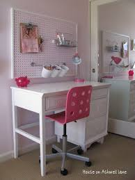 Best  Desk Wall Organization Ideas On Pinterest Desk Ideas - Cute bedroom organization ideas