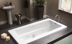 jacuzzi bathtubs lowes jacuzzi hot tub lowes idea for massaging spotlats