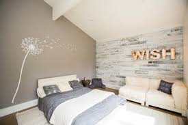 lambris pour chambre chambre lambris blanc solutions pour la décoration intérieure de