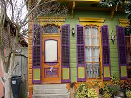 new orleans colorful houses new orleans pretty painted house see more at http www house