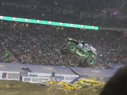 what happened to bigfoot the monster truck tr weekend in detroit 3 1 u2013 3 2 2014 realtalkguidetoawesome