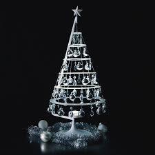 modern christmas tree 27 modern christmas trees for decorations contemporary