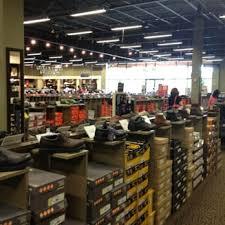 designer shoe outlet dsw designer shoe warehouse 15 photos 12 reviews shoe stores