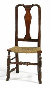 Queen Armchair Sofas Awesome Queen Anne Style Armchair Queen Anne Table And