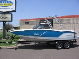 2016 mastercraft nxt22 electric blue flake 1 jpg