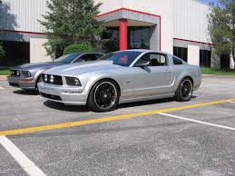 2007 mustang black rims want to see s197 mustang with black wheels page 2 ford