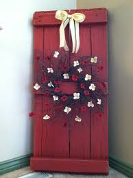 Barn Board Christmas Decorations by 229 Best Shutters Images On Pinterest Primitive Shutters