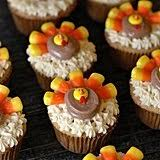 thanksgiving cakes cupcakes and cake pops popsugar