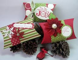 Decorative Christmas Gift Boxes Best 25 Christmas Boxes Ideas On Pinterest Diy Christmas