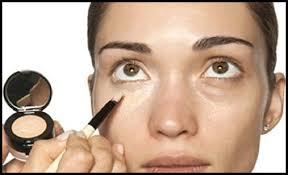 how to apply concealer and disguise dark circles