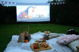 Backyard Theater Ideas Pretty Fluffy
