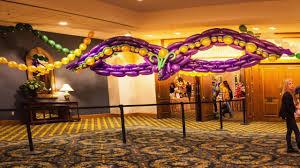 mardi gras party theme mardi gras party decor with balloons