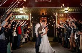 Wedding Venues In Lakeland Fl Country Chic Barn Wedding Venue Heats Up For Summer Exo Creative