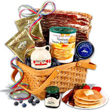 Maine Gift Baskets Best 25 Breakfast Gift Baskets Ideas On Pinterest Christmas