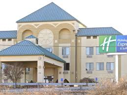 Holiday Inn St Louis Six Flags Holiday Inn Express And Suites Fenton 2608048455 4x3