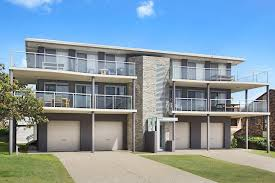 yamba 58 located in the most popular holiday strip holiday