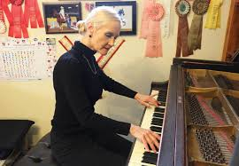 Blind Piano Player Legally Blind Piano Teacher To Speak Perform At William Woods