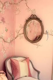Chinese Fan Wall Decor by Best 25 Oriental Wallpaper Ideas On Pinterest Oriental Bedroom