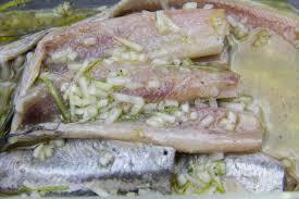 cuisiner le hareng frais maatjes ou harengs nouveaux aux 3 oignons et framboises les