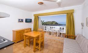 Wohnzimmerm El Ums Eck Apartamentos Charco Del Conde Spanien Valle Gran Rey Booking Com