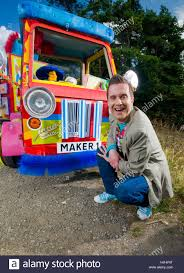 kids tv character mister maker played by phil gallagher who